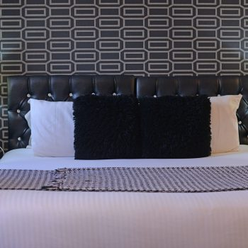 Super Kingsoze Bed at the Sunnyside Bed and Breakfast Southport